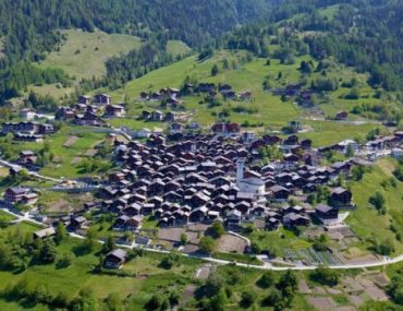 En Suisse, un village