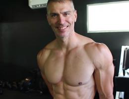 ce-coach-sportif-partage-sa-routine-cardio-qui-le-maintient-en-bonne-sante