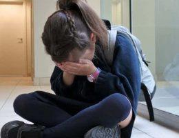 cet-enseignant-demande-a-une-adolescente-de-retenir-ses-regles-jusqua-la-pause-pour-aller-aux-toilettes