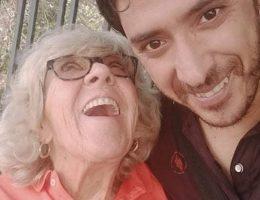 cette-femme-de-81-ans-revele-avoir-les-meilleurs-rapports-sexuels-de-tous-les-temps-avec-un-jeune-homme-qui-lui-coupe-les-ongles-des-pieds