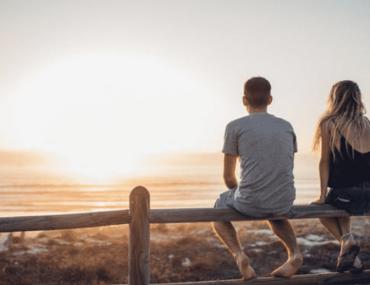 ce-fiance-interdit-a-sa-partenaire-de-se-masturber-et-menace-de-mettre-fin-a-la-relation-si-elle-nobeit-pas