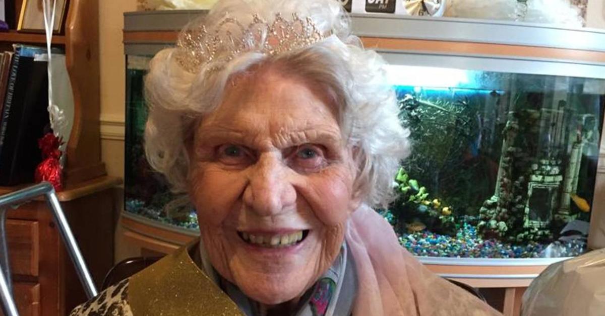 une-femme-de-100-ans-reclame-aujourdhui-sa-retraite-apres-avoir-pense-pendant-des-decennies-quelle-ny-avait-pas-droit